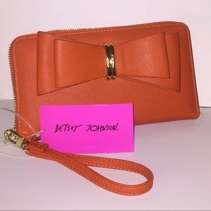 💥BETSEY JOHNSON MIND BOW Z/A WALLET/WRST💥